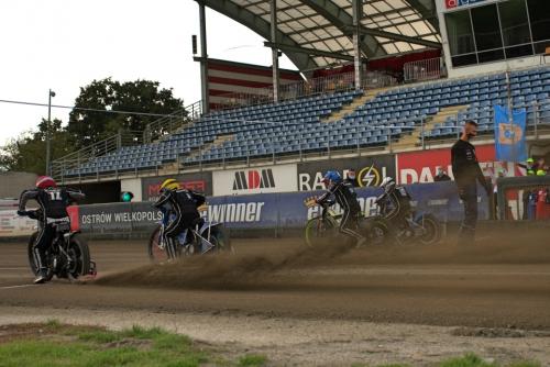 11.10.2020 - AKŻ Speedway Ostrów dla Sandry Wolniak. Fot. Klaudia Jangas